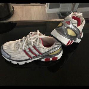 Adidas Women's Torsion Sneakers 9
